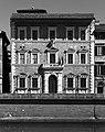 Pisa, palazzo alla giornata 02 - bn.jpg