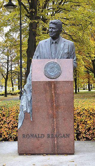 Pomnik Ronalda Reaganaw Warszawie