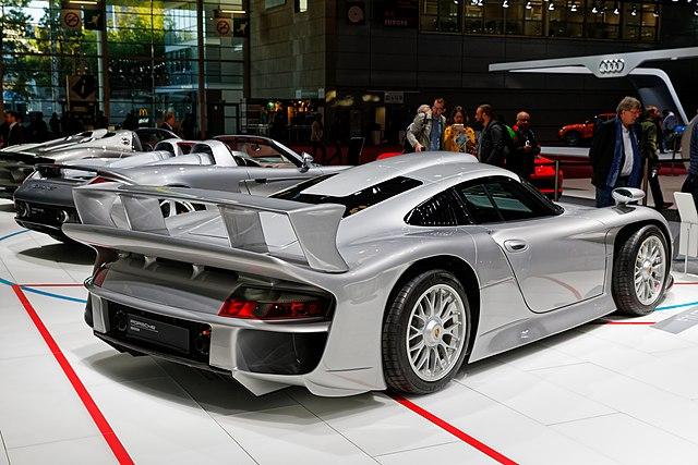 Porsche 911 GT1 Evo (Street) (996)
