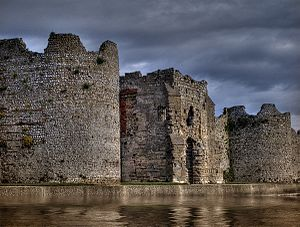 Cardiff Roman Fort - Image: Portchester castle 02