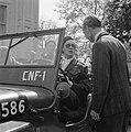 Prins Bernhard bestuurde als regel zijn jeep zelf, Bestanddeelnr 900-2493.jpg