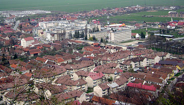 Râşnov-from-the-fortress-01.jpg