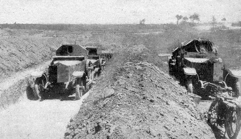 File:RNAS armoured cars Cape Helles 1915.jpg