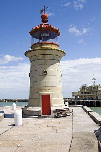 Port of Ramsgate - The lighthouse on the West harbour arm