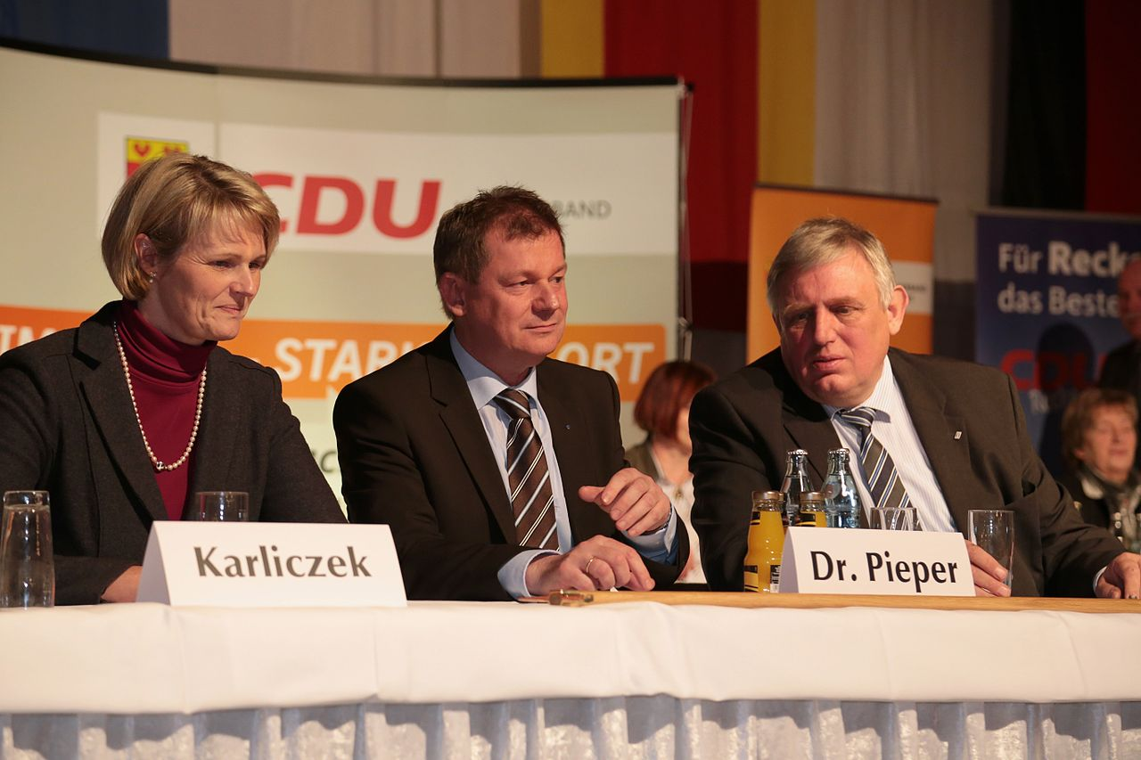 Recke CDU Politischer Aschermittwoch 2014 Anja Karliczek Markus Pieper Karl Josef Laumann 01.jpg