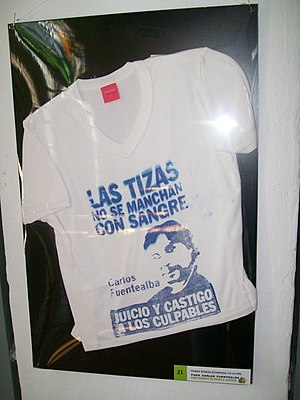 Jorge Sobisch - A T-shirt commemorates the assassinated school teacher, Carlos Fuentealba.