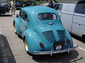 Renault 4CV - Rear view, with cooling louvres over the engine