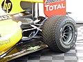 Renault F1 Team garage, 2010 Brno WSR (02).jpg