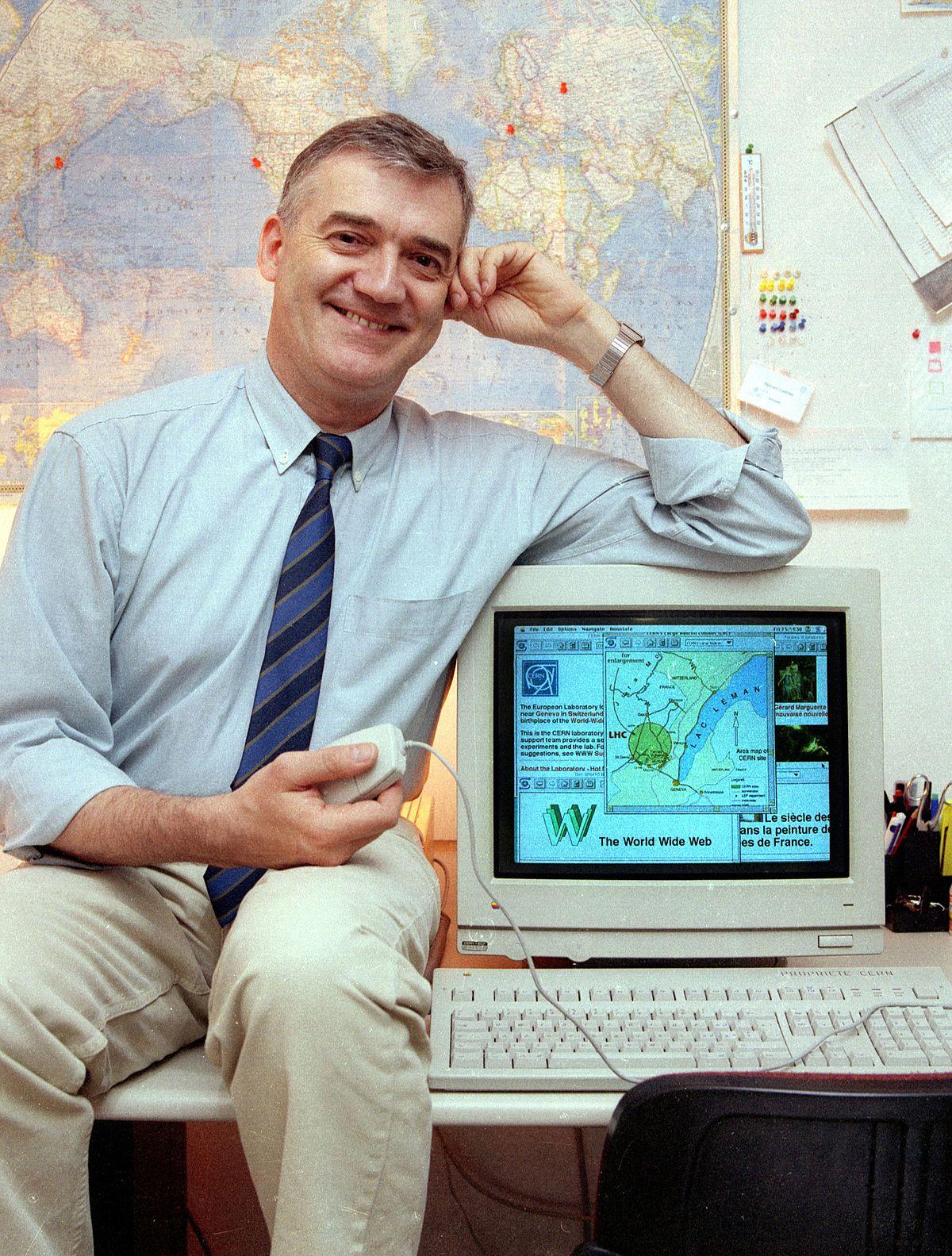 Robert Cailliau On Desk.jpg