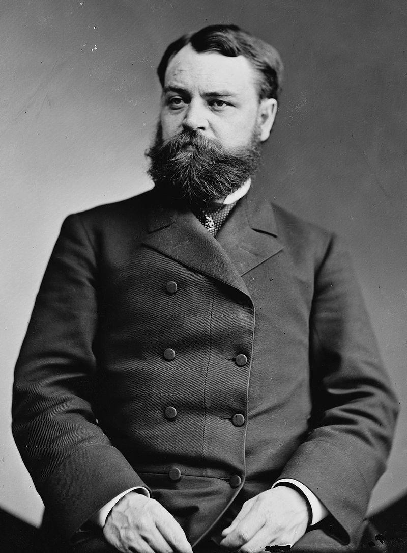 Robert Todd Lincoln, Brady-Handy bw photo portrait, ca1870-1880.jpg