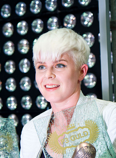 Picture of a band or musician: Robyn