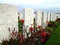 Row of graves, Bethleem Farm West cemetery 3034422011.JPG