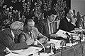 SER-bijeenkomst over sociaal-economisch beleid op middellange termijn, Van der Grinten , Van Veen (VNO), Kok (FNV) en voorzitter De Pous, Bestanddeelnr 931-4861.jpg