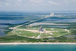 STS-118 Endeavour pad view.jpg