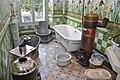Sanitaires anciens au Musée de la vallée de Barcelonnette.jpg