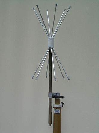 Omnidirectional antenna - Vertical polarized VHF-UHF biconical antenna 170–1100 MHz with omnidirectional H-plane pattern
