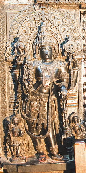 Dvarapala - Image: Sculpture of Jaya, guardian to the entrance of the sanctum of Vishnu in Chennakeshava temple at Belur