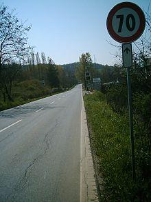 Limite di velocit wikipedia - Art 79 codice della strada pneumatici diversi ...