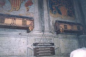 Almodis de la Marche - Sepulchers of Ramon Berenguer I and Almodis de la Marche in the Cathedral of Barcelona