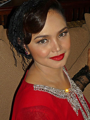 SimplySiti - Siti Nurhaliza during the launching of new red lipstick colours on 30 September 2010.