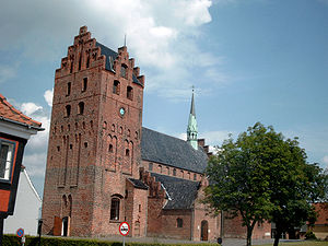 Middelfart - Saint Nicolaus Church in late-July 2003