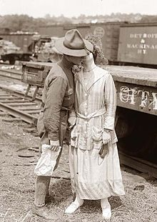 Soldier's Goodbye Kiss in World War I.jpg