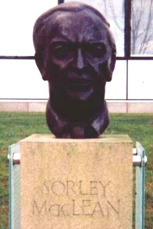 Sorley MacLean - Image: Somhairlemacgilleain 2