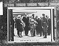Staatsbezoek Oostenrijk, (Koninklijk gezin op het vliegveld Schwechat ), Bestanddeelnr 913-9423.jpg