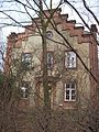 Stirngebäude Schröderstiftweg.jpg