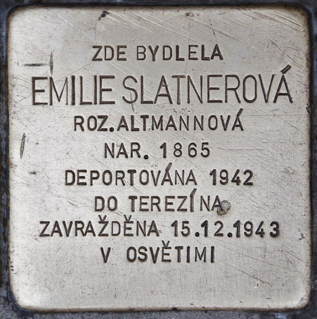 Stolperstein für Emilie Slatnerová.JPG
