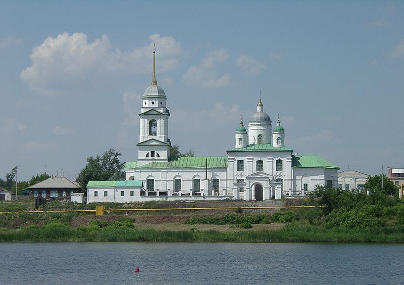 File:Svyato-troitskiy sobor.jpg