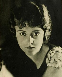 Sylvia Breamer actress
