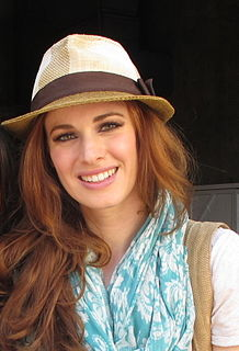 Teal Wicks American singer and stage actress (born 1982)