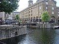 Telford Footbridge, St Katherine Docks - geograph.org.uk - 1382665.jpg