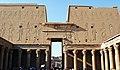 Templo de edfu-2007.JPG