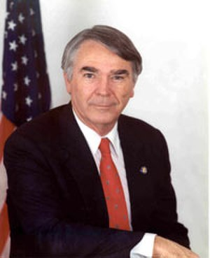 Terry Everett - Early congressional photo of Everett