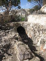 צינור החרס העות'מאני בתוואי האמה הקדומה
