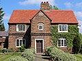 The Manor, Greasby 2019a.jpg