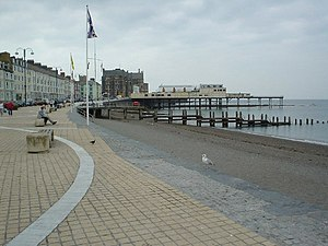 Royal Pier, Aberystwyth - The Royal Pier, from Aberystwyth seafront looking south