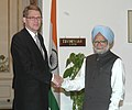 The Prime Minister of Finland, Mr. Matti Vanhanen calls on the Prime Minister, Dr. Manmohan Singh, in New Delhi on March 13, 2006.jpg