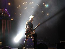 Description de l'image  Tim Skold of Marilyn Manson, live in Florence 29052007.jpg.
