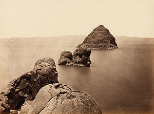 Tufa - Timothy O'Sullivan, The Pyramid and Domes, Pyramid Lake, Nevada, USA (1867)