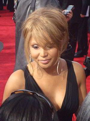 Toni Braxton discography - Toni Braxton at the 2009 American Music Awards red carpet