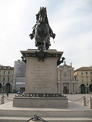Torino_-_Caval_ëd_Brons_davanti01.jpg