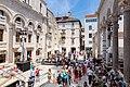 Touristen in Split, Kroatien (48693909397).jpg