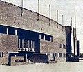 Une entrée du stade olympique d'Amsterdam, en 1928.jpg
