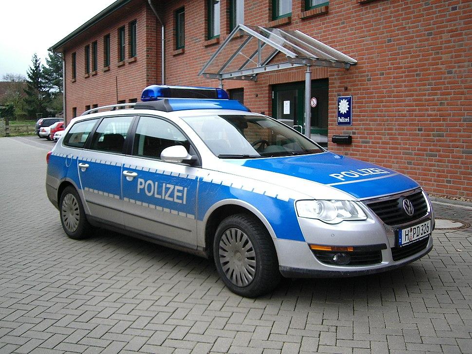 VW Passat Polizei Niedersachsen