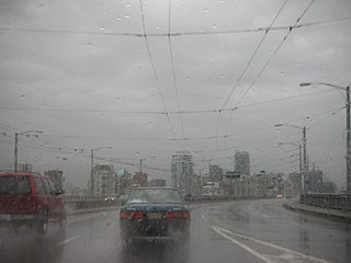 Vancouver in the Rain By Tom Harpel from Seattle, Washington, United States (Flickr.com - image description page) [CC BY 2.0 (https://creativecommons.org/licenses/by/2.0)], via Wikimedia Commons