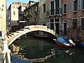 Venice Bridge no parapet Rio San Felice 20081119.jpg