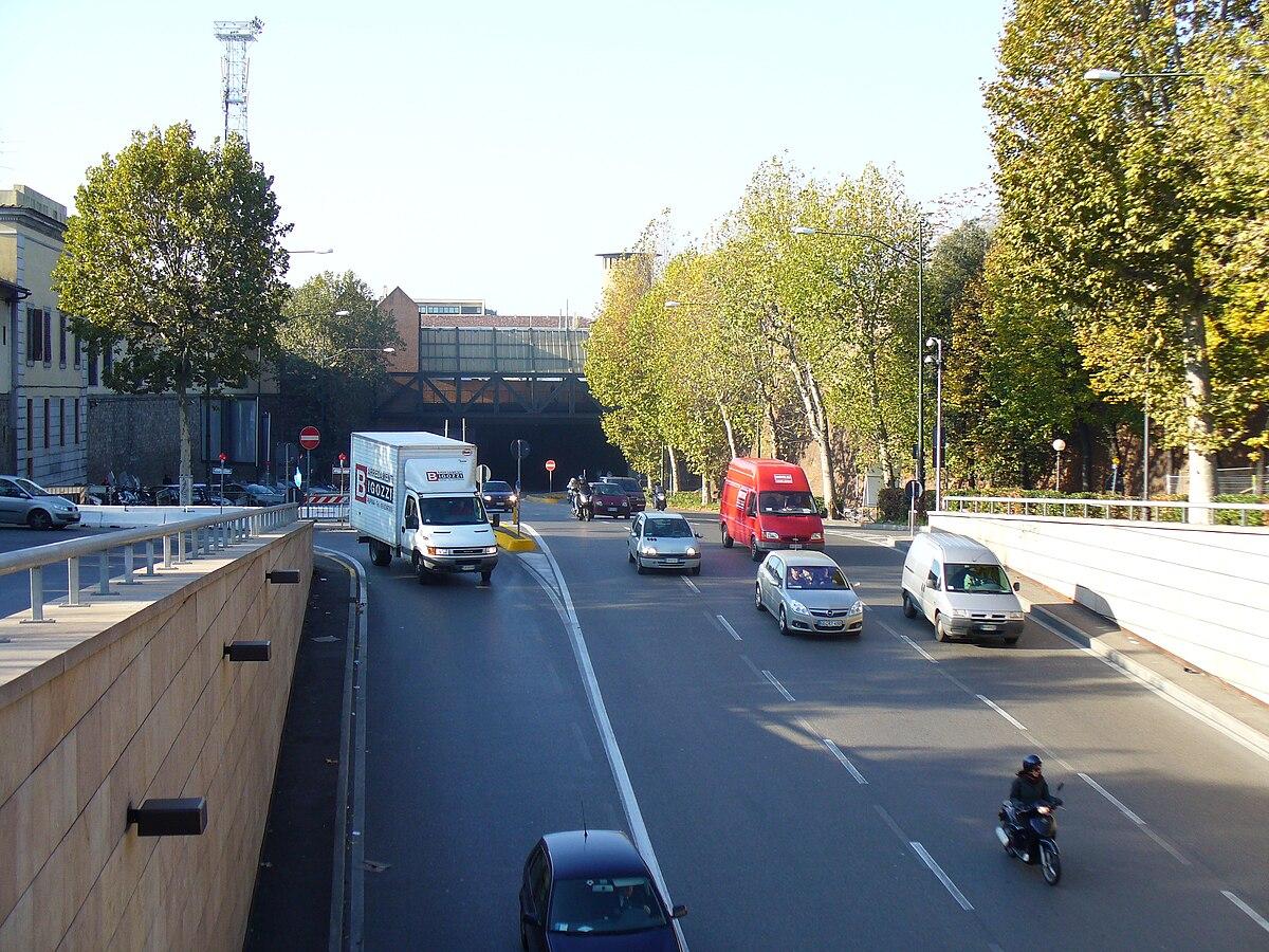 a55415a7 Viale Filippo Strozzi - Wikipedia